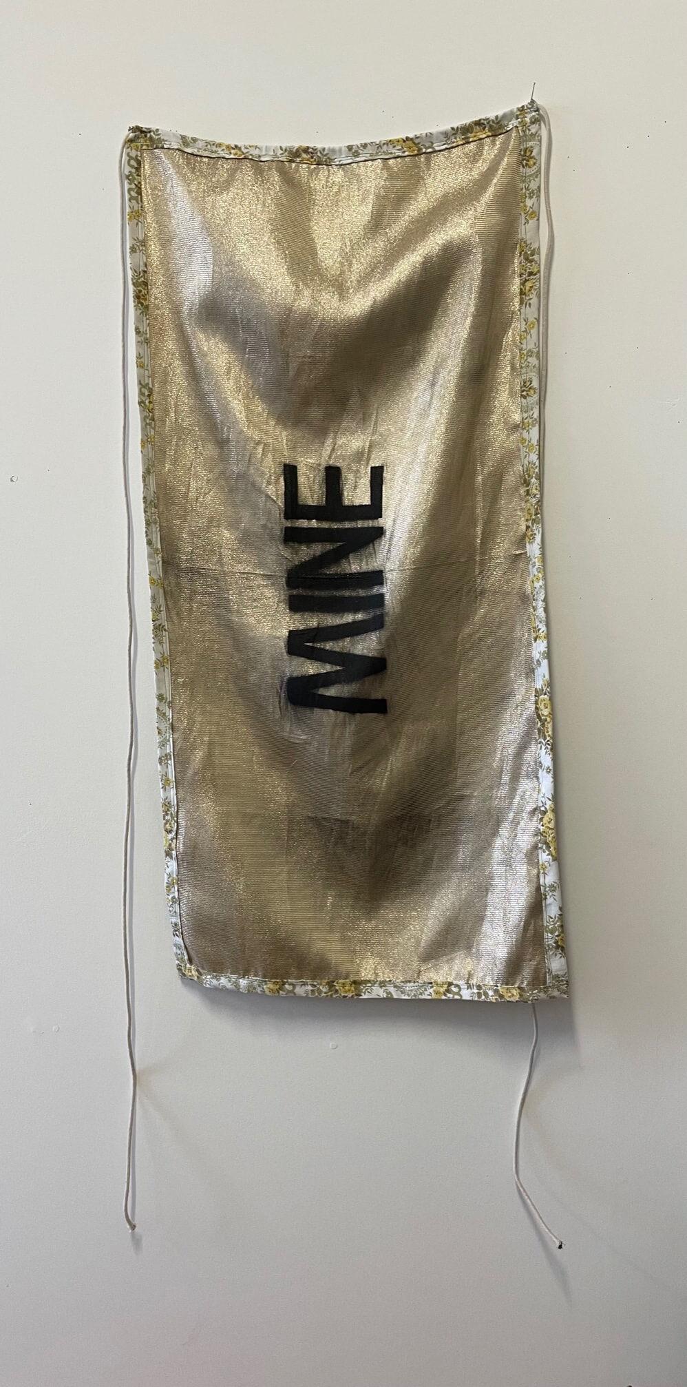 Flag back: MINE